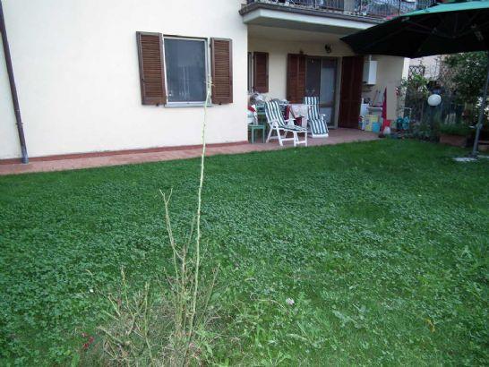 Appartamento in vendita a Arcola, 4 locali, zona Zona: Romito Magra, prezzo € 210.000 | CambioCasa.it