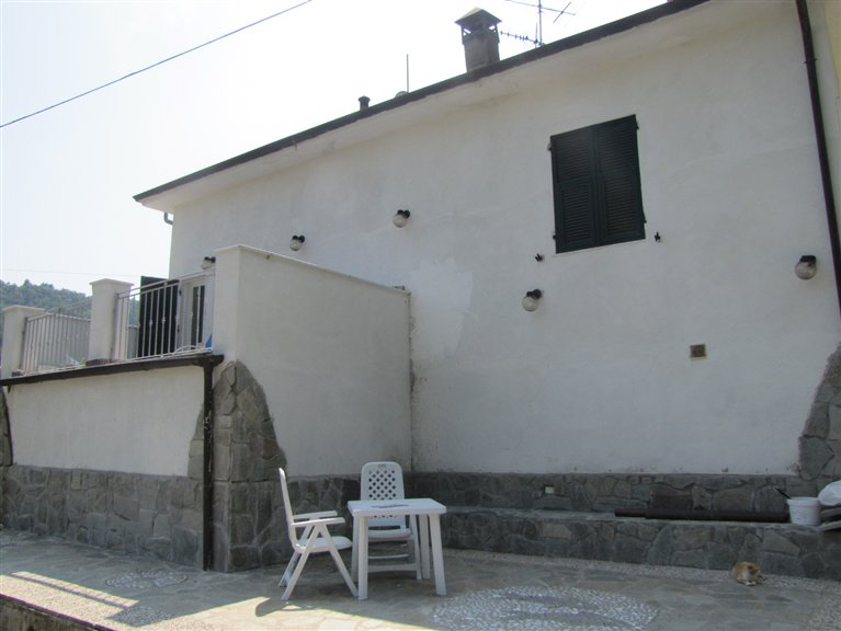 Casa singola, Tivegna, Follo, abitabile