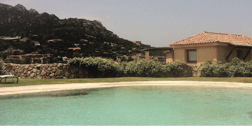 Con piscina naturale