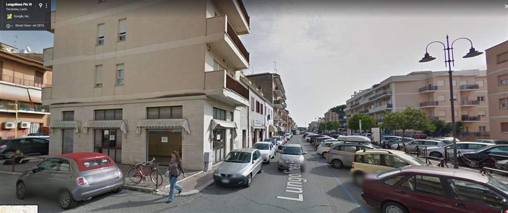 Negozio / Locale in vendita a Terracina, 3 locali, zona Località: CENTRALISSIMA, Trattative riservate | CambioCasa.it