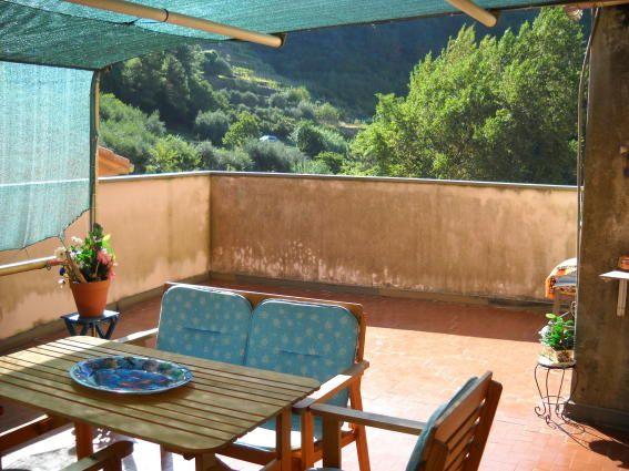 Soluzione Indipendente in vendita a Riomaggiore, 4 locali, zona Zona: Manarola, prezzo € 280.000 | CambioCasa.it