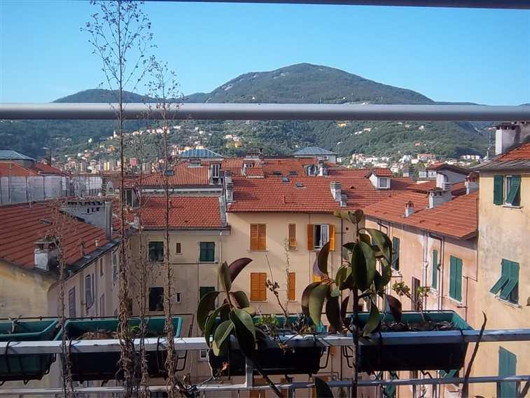 Mansarda, Centro, La Spezia, ristrutturata