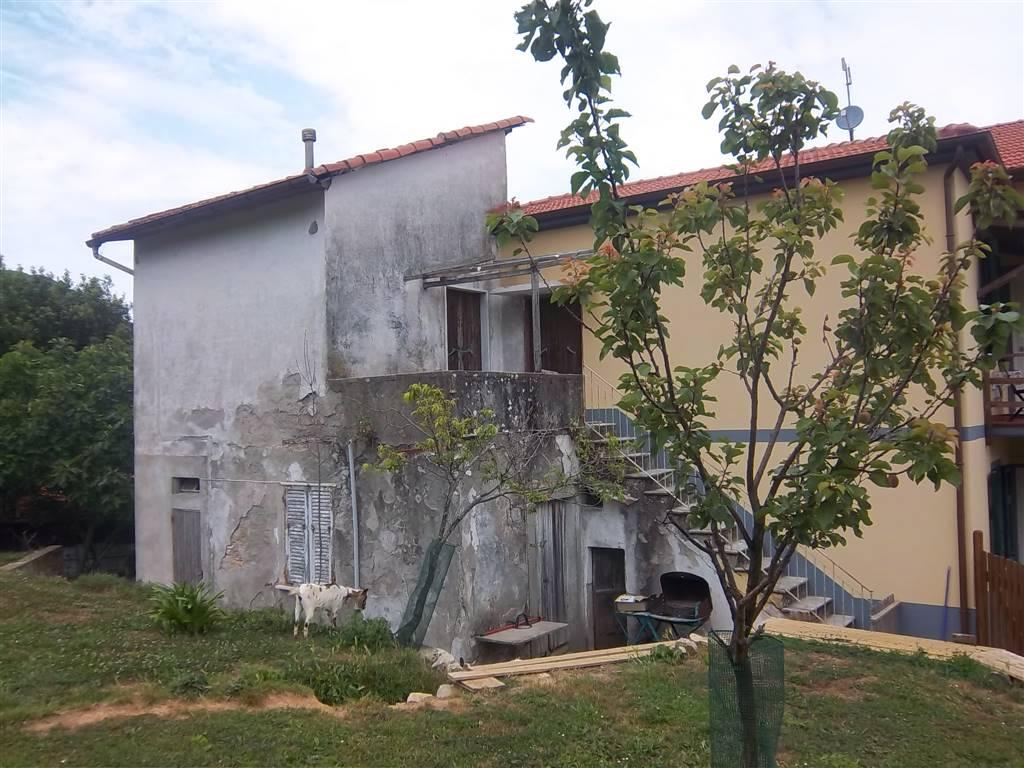 Casa semi indipendente, La Foce, La Spezia, da ristrutturare