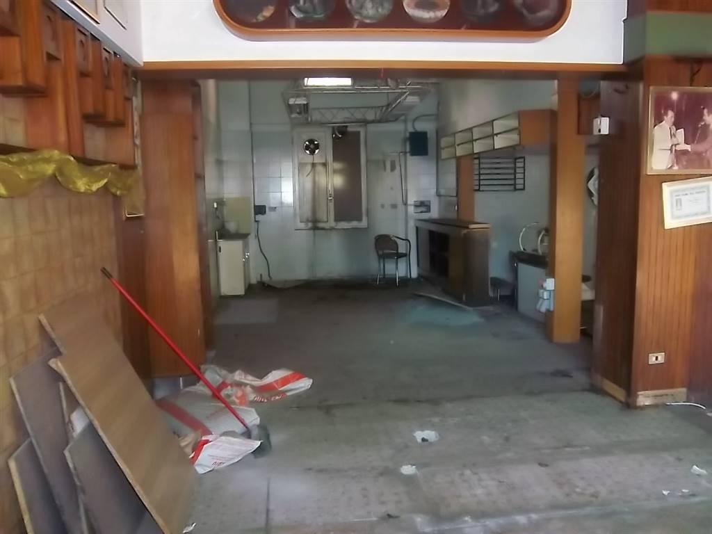 Immobile Commerciale in affitto a La Spezia, 1 locali, zona Zona: Fossitermi, prezzo € 800 | CambioCasa.it