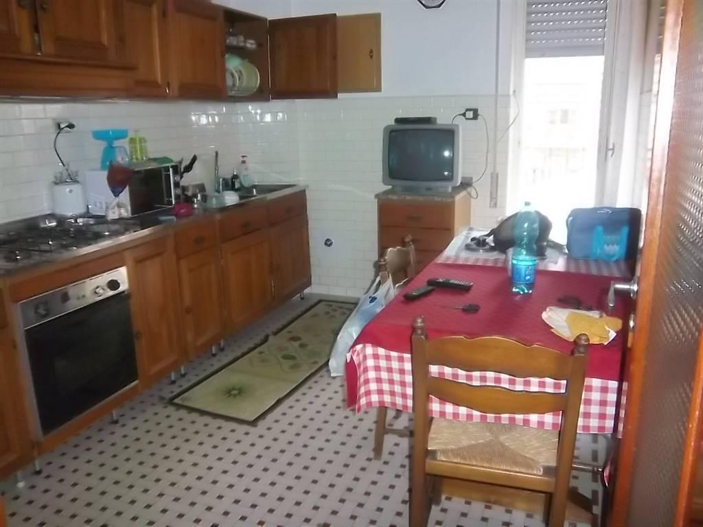 Appartamento in affitto a La Spezia, 4 locali, zona etta, prezzo € 650 | PortaleAgenzieImmobiliari.it