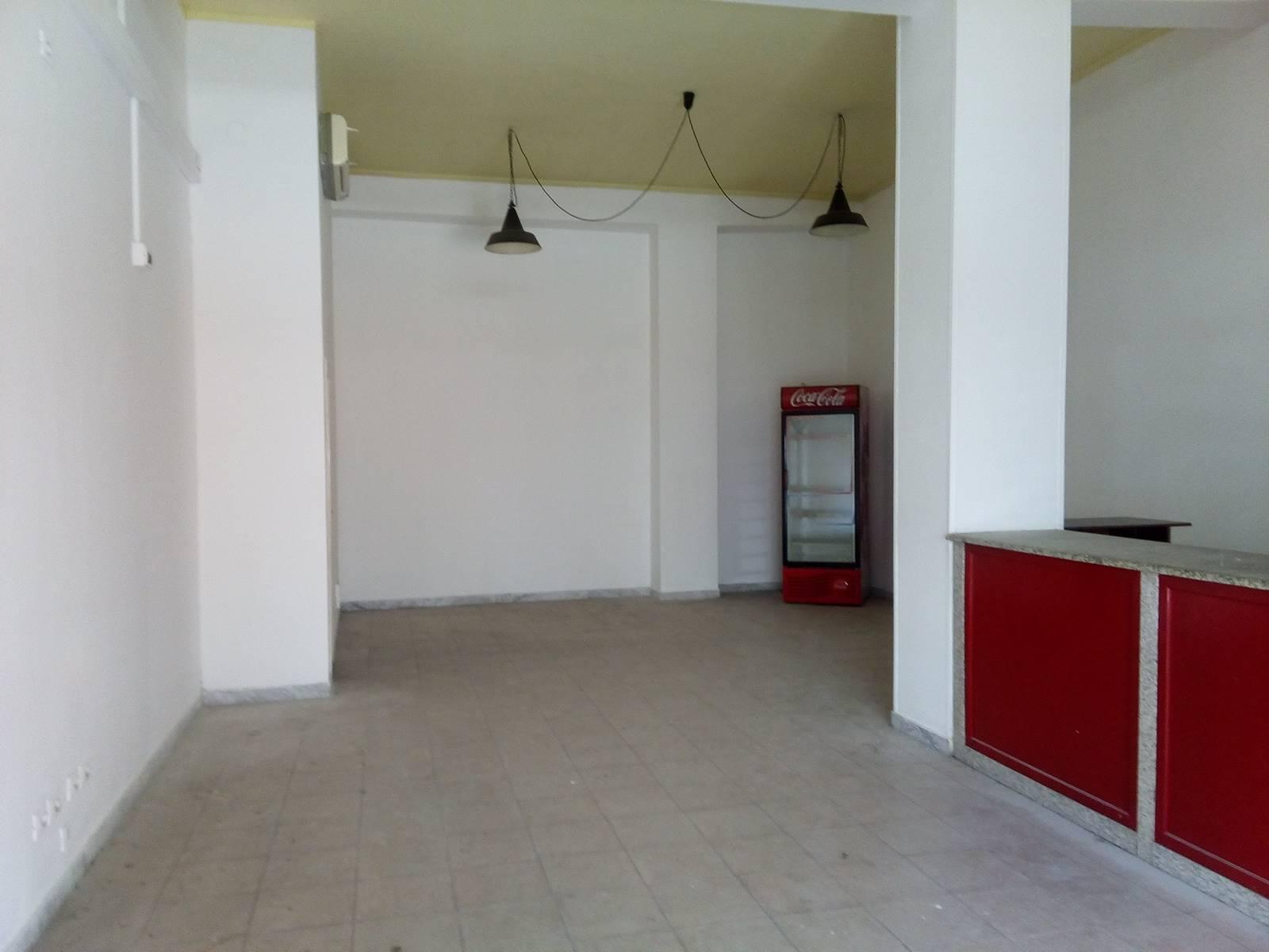 Immobile Commerciale in affitto a La Spezia, 1 locali, zona Zona: Mazzetta, prezzo € 600   CambioCasa.it