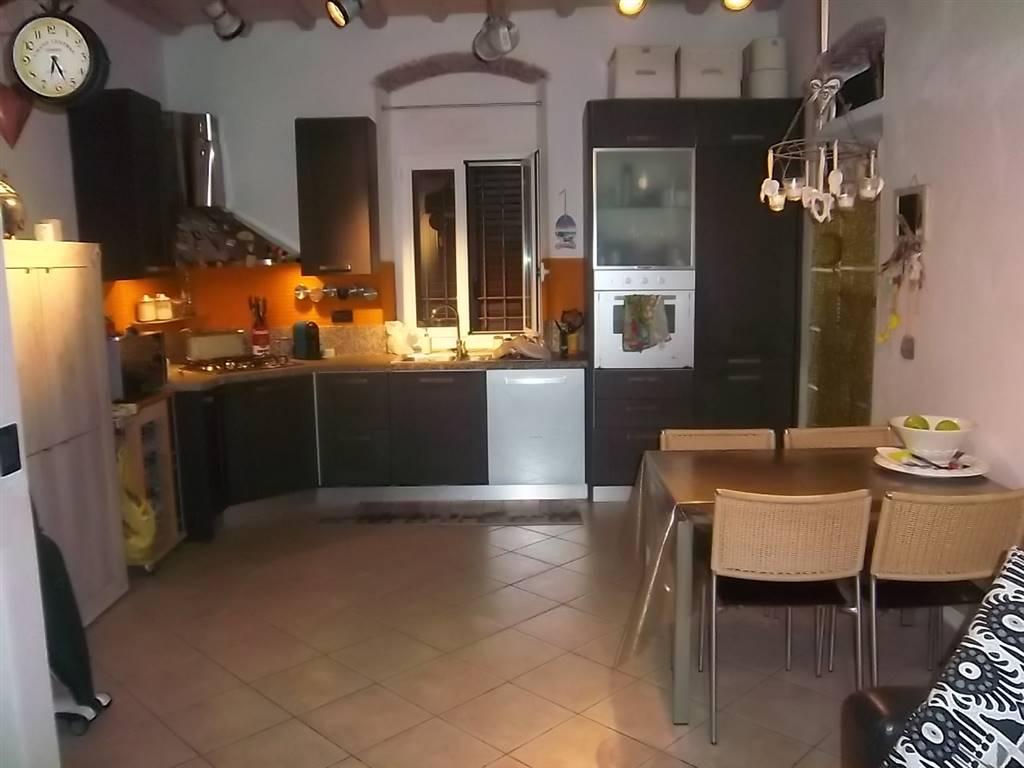 Casa semi indipendente, Bragarina, La Spezia, in ottime condizioni