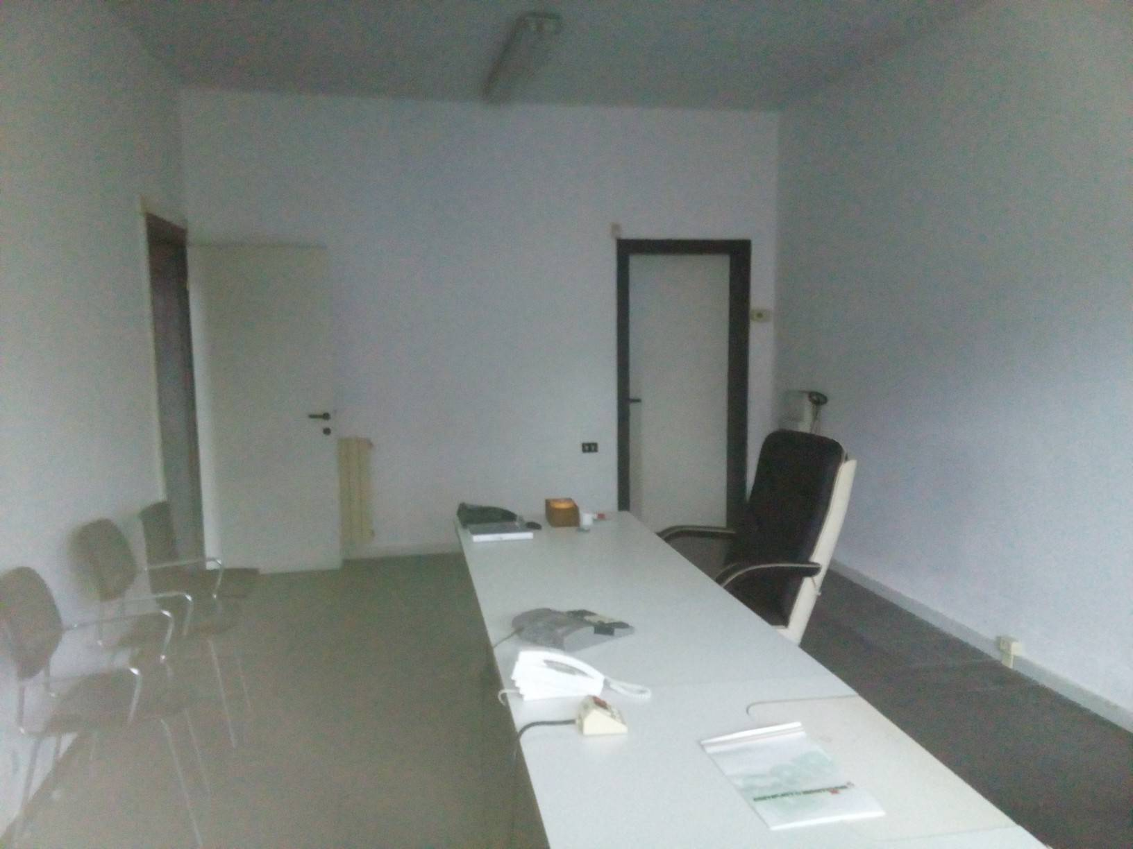 Ufficio / Studio in affitto a La Spezia, 6 locali, zona Località: FOSSAMASTRA, prezzo € 1.200   PortaleAgenzieImmobiliari.it
