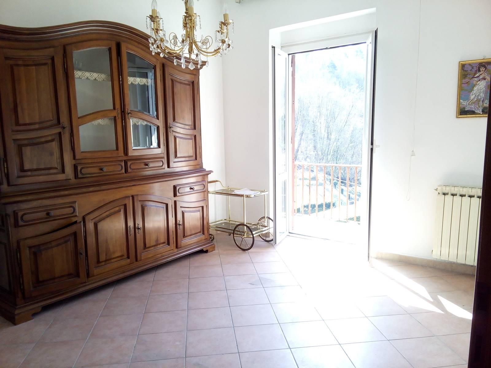 Appartamento in vendita a Riccò del Golfo di Spezia, 4 locali, zona Benedetto, prezzo € 115.000   PortaleAgenzieImmobiliari.it