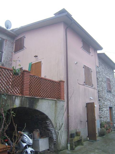Soluzione Semindipendente in vendita a Tresana, 4 locali, prezzo € 80.000 | PortaleAgenzieImmobiliari.it