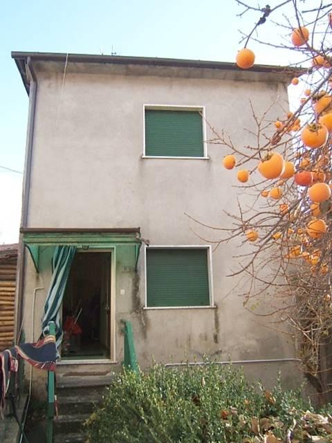 Soluzione Semindipendente in vendita a Casola in Lunigiana, 5 locali, prezzo € 40.000 | PortaleAgenzieImmobiliari.it