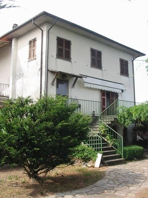 Soluzione Semindipendente in vendita a Tresana, 6 locali, prezzo € 120.000 | CambioCasa.it