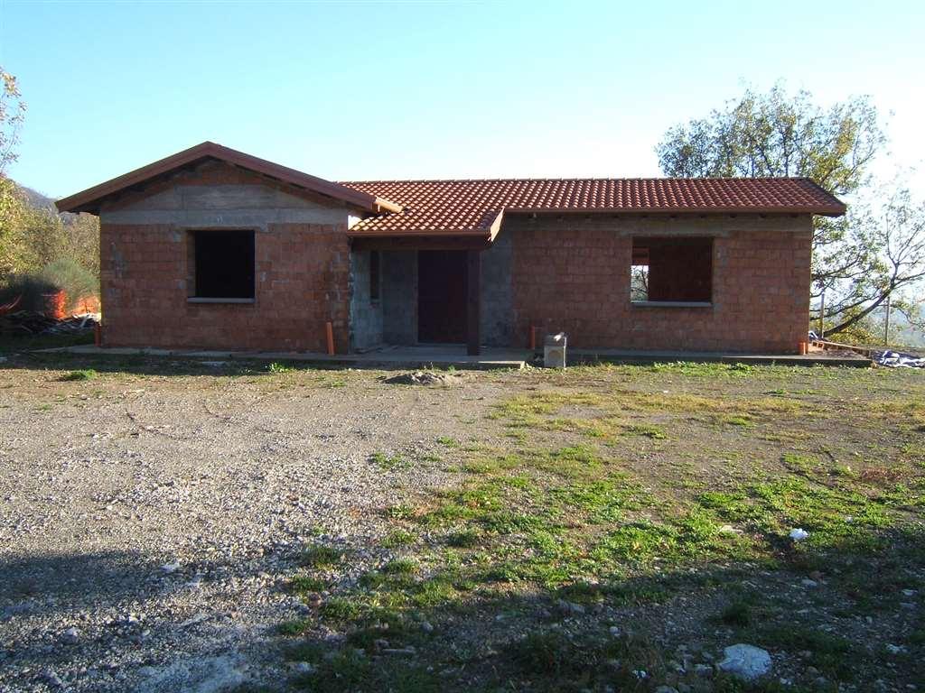 Casa singola, Bagnone