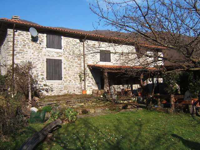 Soluzione Indipendente in vendita a Tresana, 5 locali, prezzo € 115.000 | CambioCasa.it