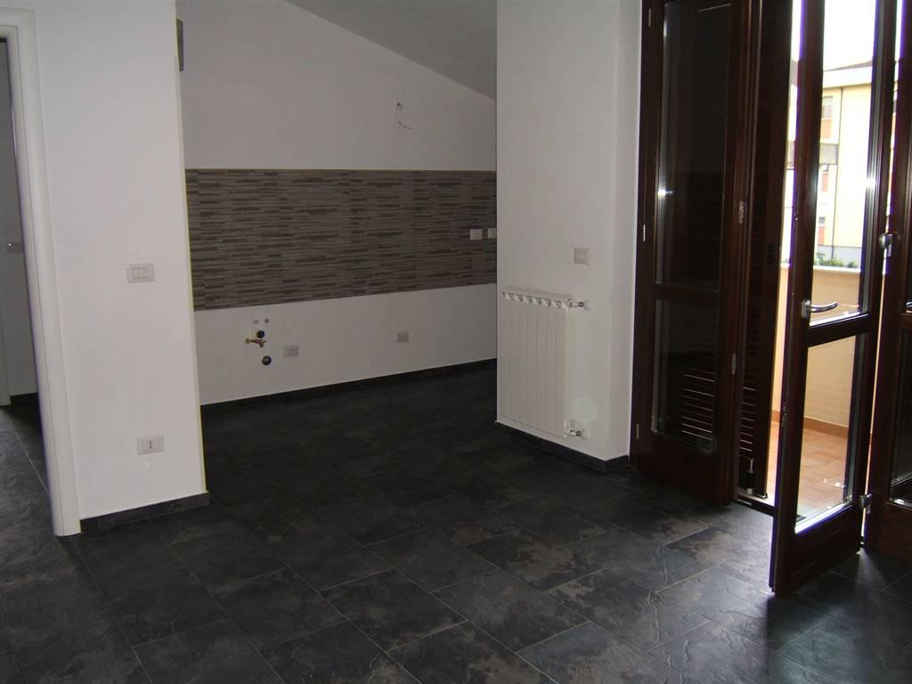 Appartamento in affitto a Aulla, 3 locali, prezzo € 500 | CambioCasa.it