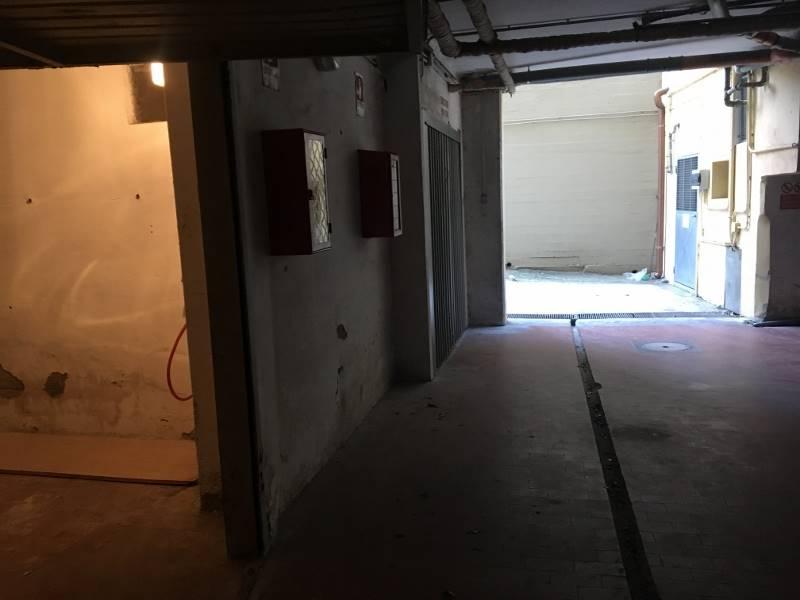 Box / Garage in vendita a Follonica, 1 locali, zona Località: CENTRO, prezzo € 35.000   CambioCasa.it