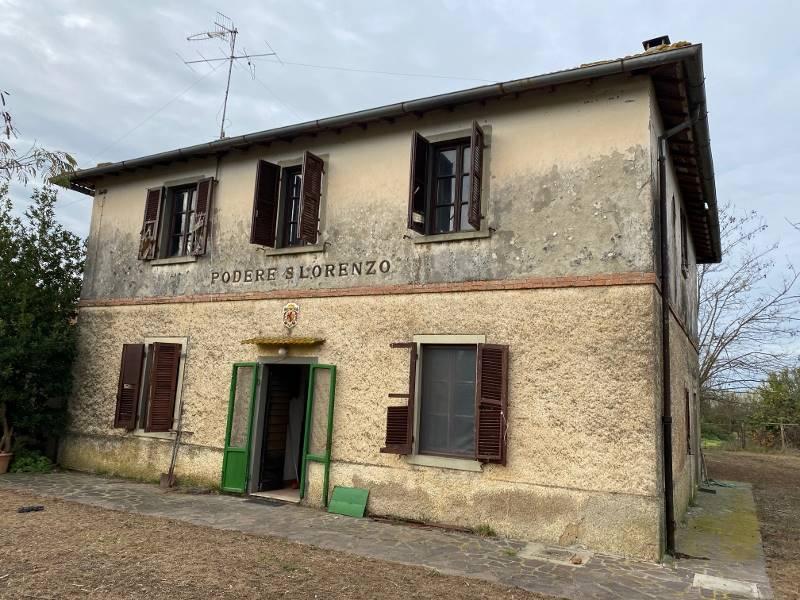 Fotografia facciata prospetto principale