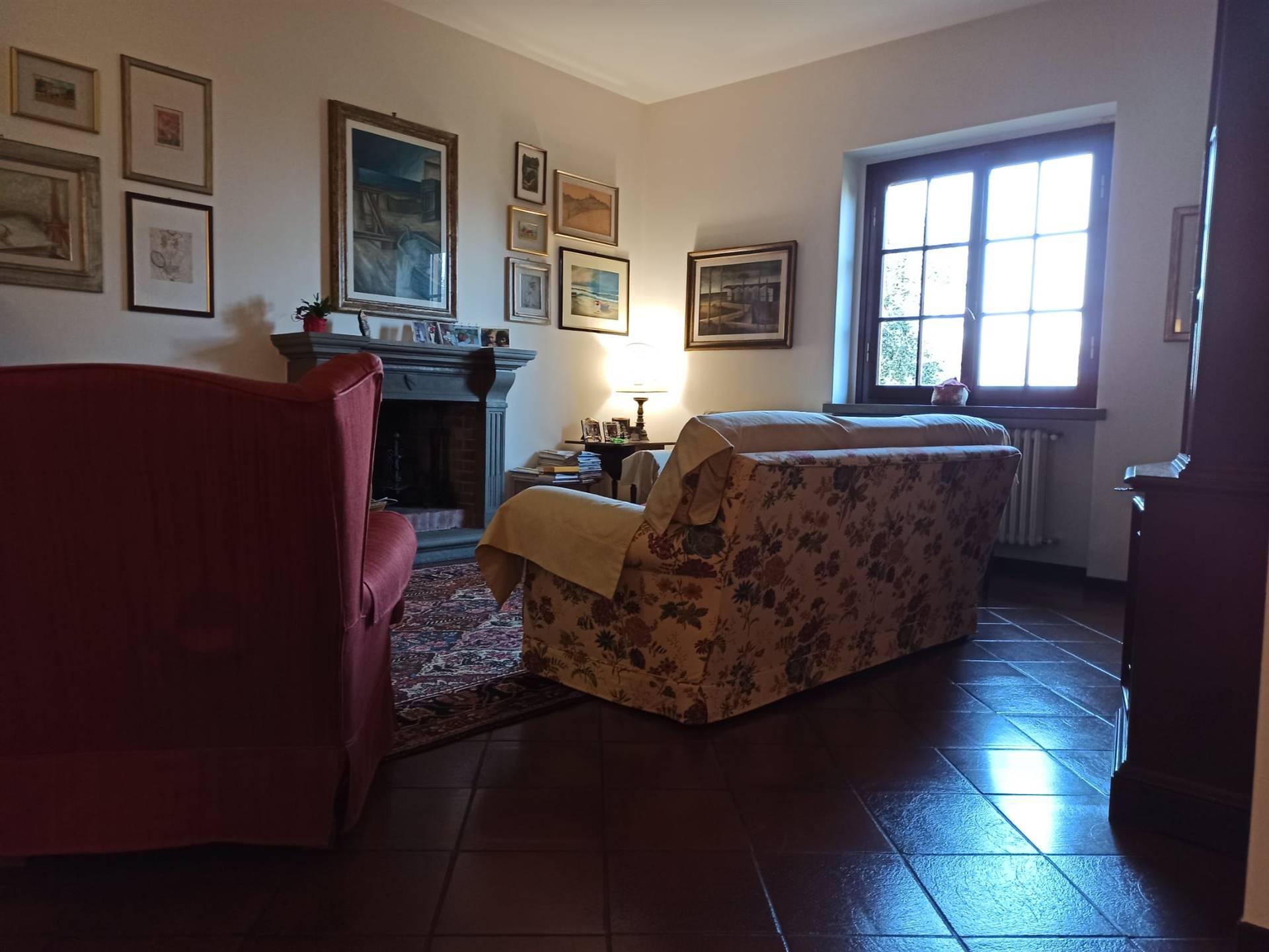 QUARRATA, Villa in vendita, Ottime condizioni, Riscaldamento Autonomo, Classe energetica: F, Epi: 143,2 kwh/m2 anno, composto da: 8 Vani, Cucinotto,