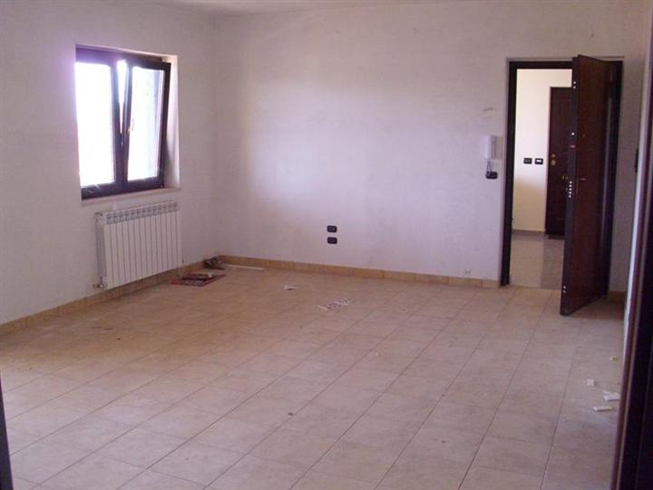 Appartamento in vendita a Montalto Uffugo, 4 locali, prezzo € 140.000 | PortaleAgenzieImmobiliari.it