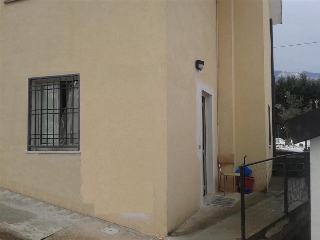 Soluzione Indipendente in affitto a Rende, 2 locali, prezzo € 250 | CambioCasa.it