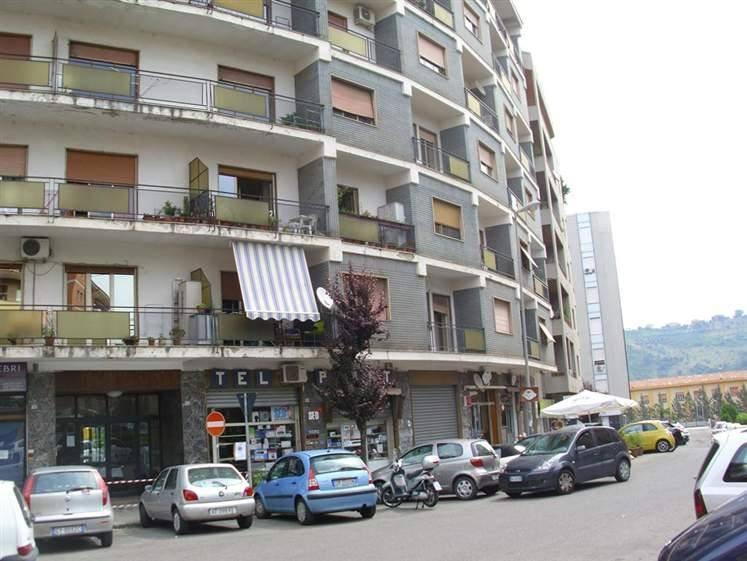 Appartamento, C.so Italia, Cosenza, da ristrutturare