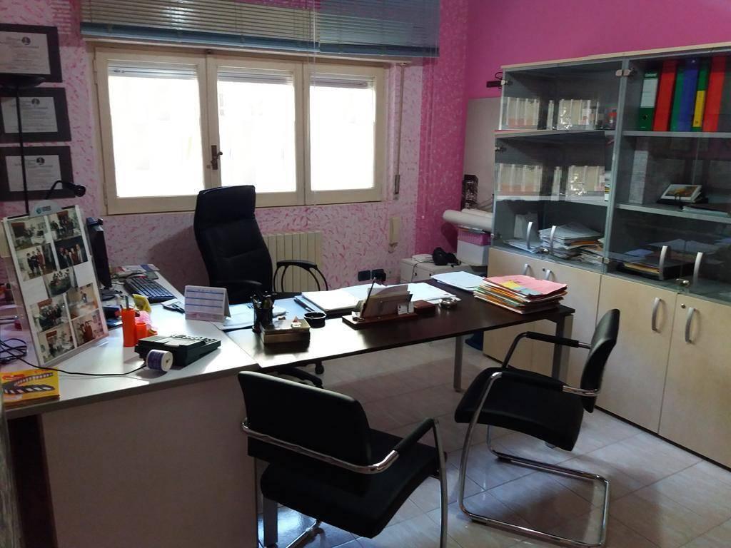 Arredamento Ufficio Cosenza : Affitto ufficio cosenza. uffici cosenza in affitto
