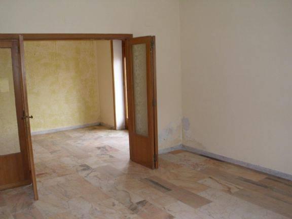 Appartamento in vendita a Castrolibero, 5 locali, zona Località: ANDREOTTA, prezzo € 99.000 | PortaleAgenzieImmobiliari.it