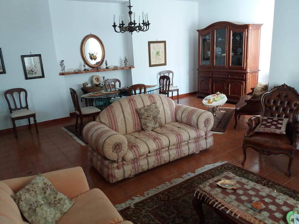 Villa, Tivolille, Mendicino, abitabile