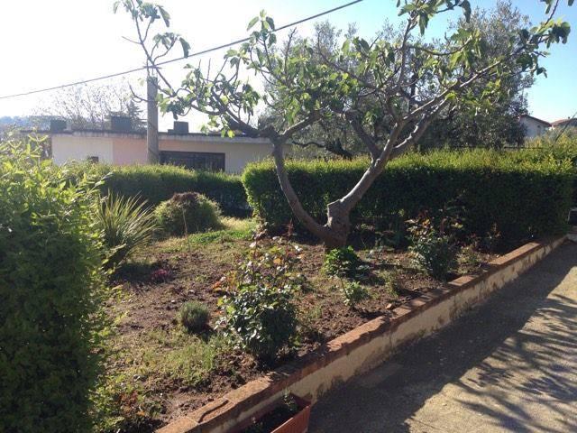 Villa in vendita a Marano Marchesato, 7 locali, prezzo € 159.000   CambioCasa.it