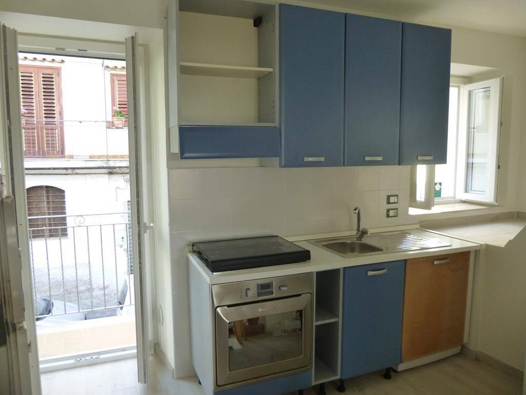 Appartamento in affitto a Pizzo, 2 locali, zona Località: MARINELLA, prezzo € 1.000 | CambioCasa.it