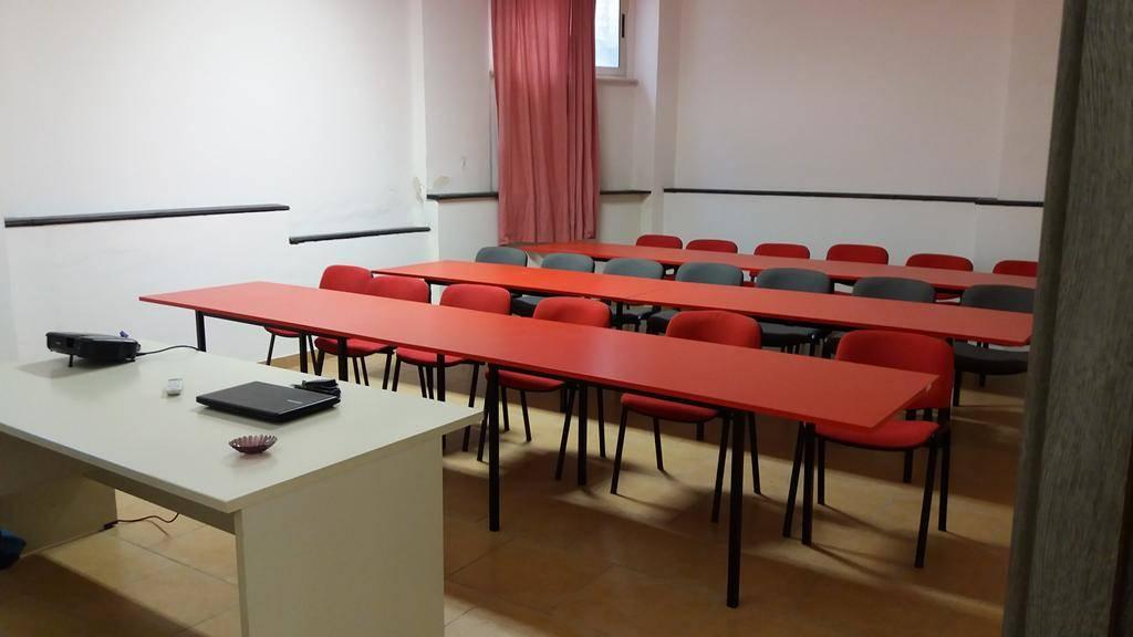 Vendita ufficio cosenza trova uffici cosenza in vendita for Vendesi ufficio roma