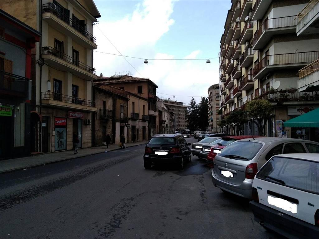 Negozio, Loreto, Cosenza, in ottime condizioni