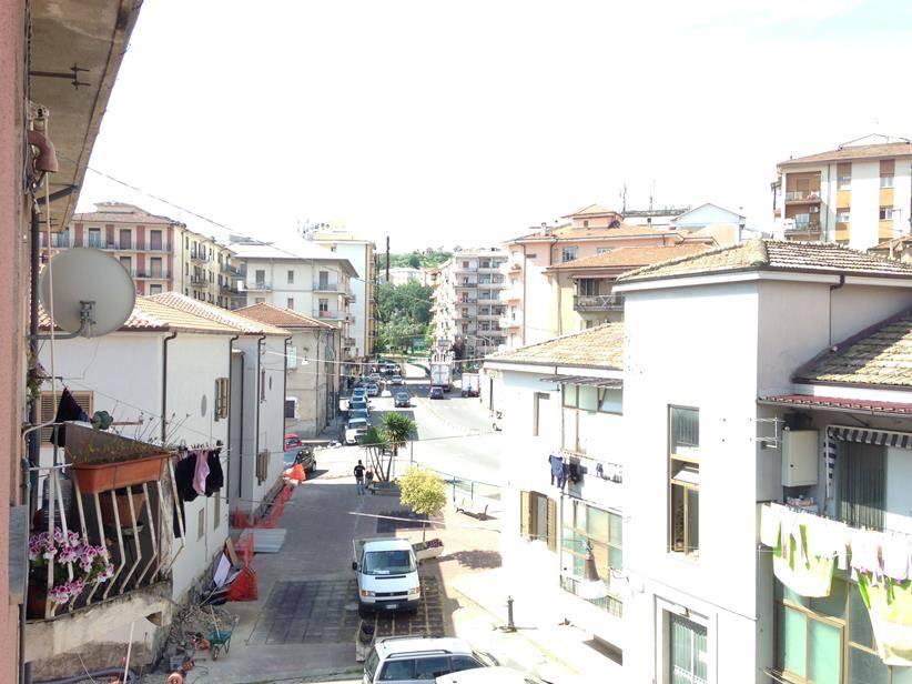Trilocale, Via Panebianco, Cosenza, in ottime condizioni