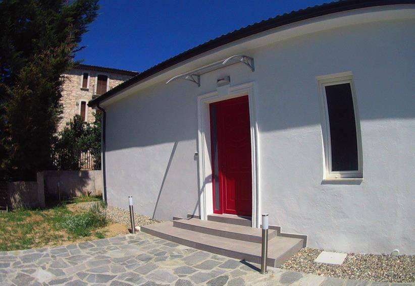 Villa in affitto a Mendicino, 3 locali, zona Zona: Tivolille, Trattative riservate | CambioCasa.it