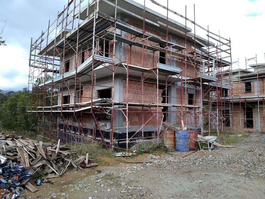 Villa in vendita a Rende, 5 locali, zona Località: SAPORITO, prezzo € 310.000 | CambioCasa.it