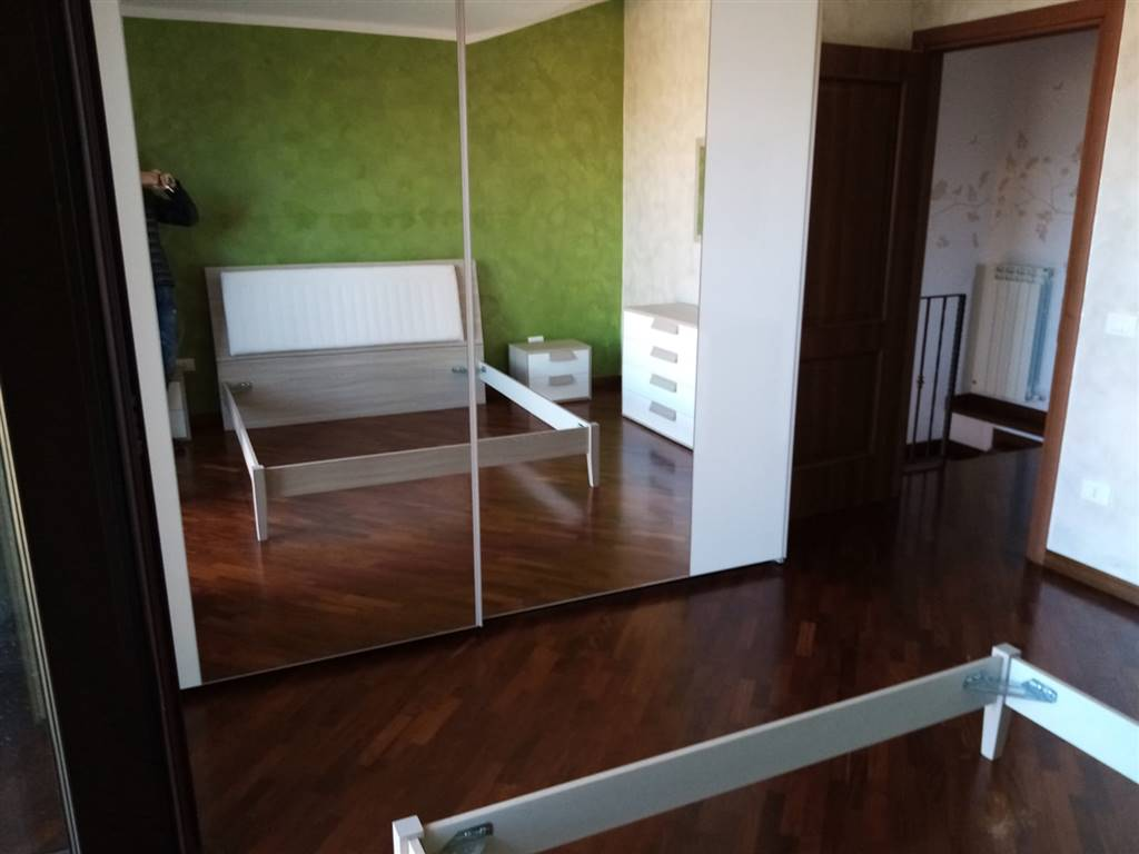ROSARIO, MENDICINO, Duplex villa for rent of 120 Sq. mt., Excellent Condition, Heating Individual heating system, Energetic class: G, composed by: 4