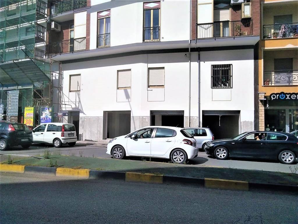 Magazzino in vendita a Cosenza, 1 locali, zona Località: PIAZZA EUROPA, prezzo € 105.000 | PortaleAgenzieImmobiliari.it