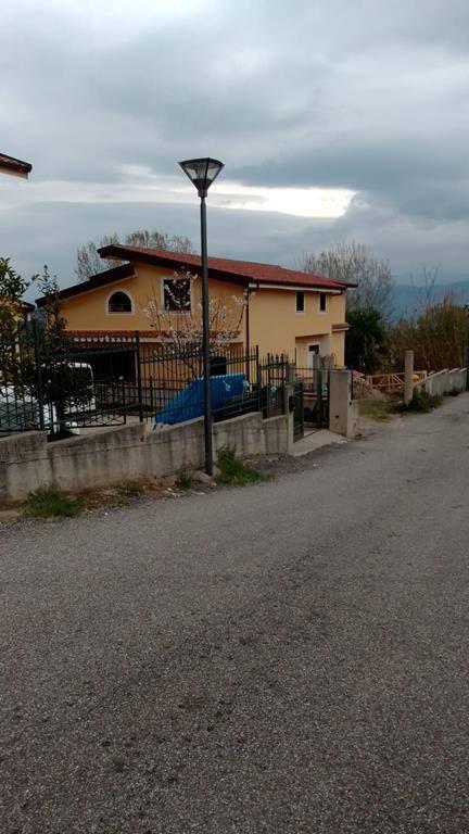 Villa Bifamiliare in vendita a Marano Marchesato, 5 locali, prezzo € 95.000   CambioCasa.it