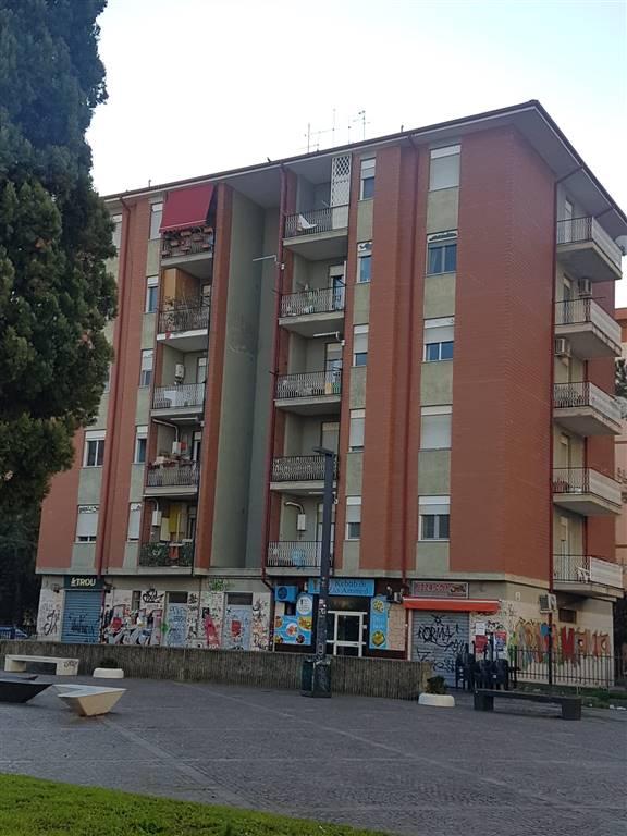 Altro in affitto a Rende, 4 locali, zona Località: COMMENDA, prezzo € 170 | CambioCasa.it