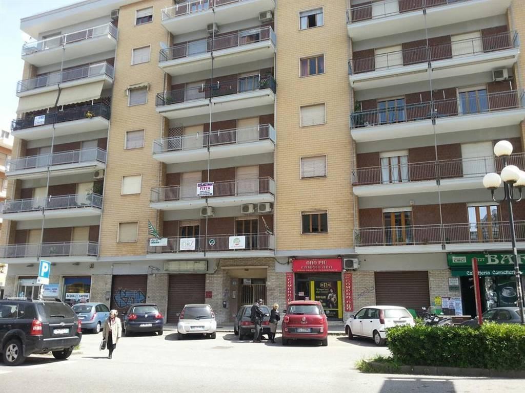 Altro in affitto a Rende, 4 locali, zona Zona: Quattromiglia, prezzo € 175   CambioCasa.it