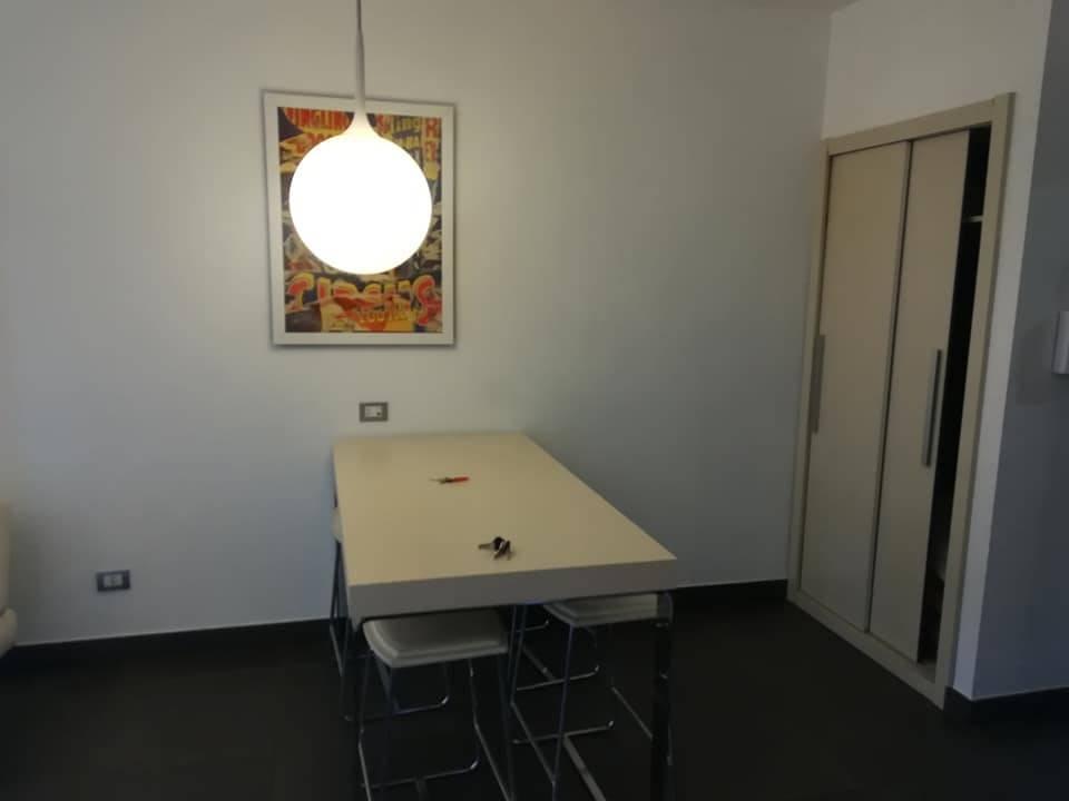 Appartamento in affitto a Cosenza, 1 locali, zona Zona: Viale Mancini, prezzo € 600   CambioCasa.it