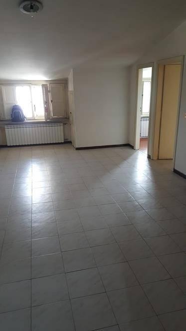 Appartamento in affitto a Rende, 3 locali, zona Località: COMMENDA, prezzo € 300   CambioCasa.it