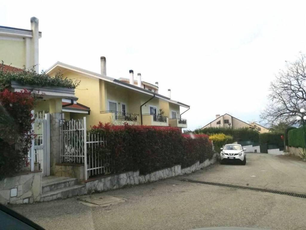 Appartamento in affitto a Rende, 3 locali, zona Località: CONTRADA SANT'AGOSTINO, prezzo € 400 | CambioCasa.it