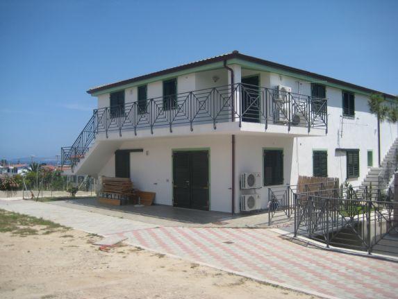 Trilocale, Calasetta, in nuova costruzione