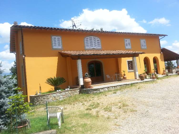 Villa, Gaville, Figline e Incisa Valdarno, ristrutturata