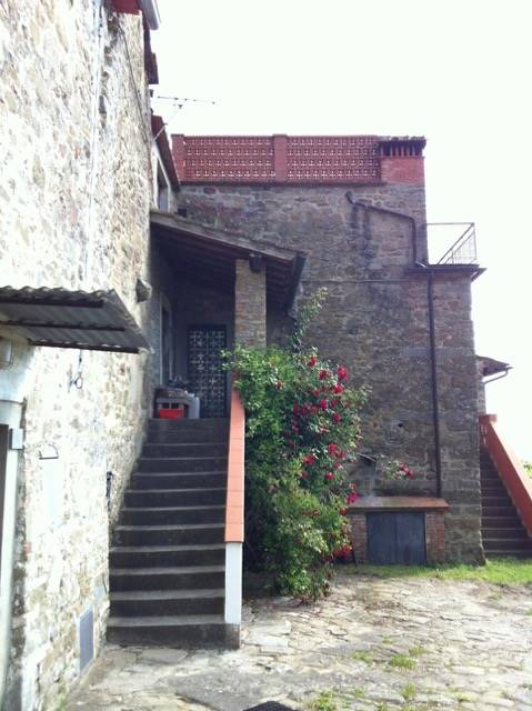Rustici casaliFirenze - Rustico casale, Pietrapiana, Reggello