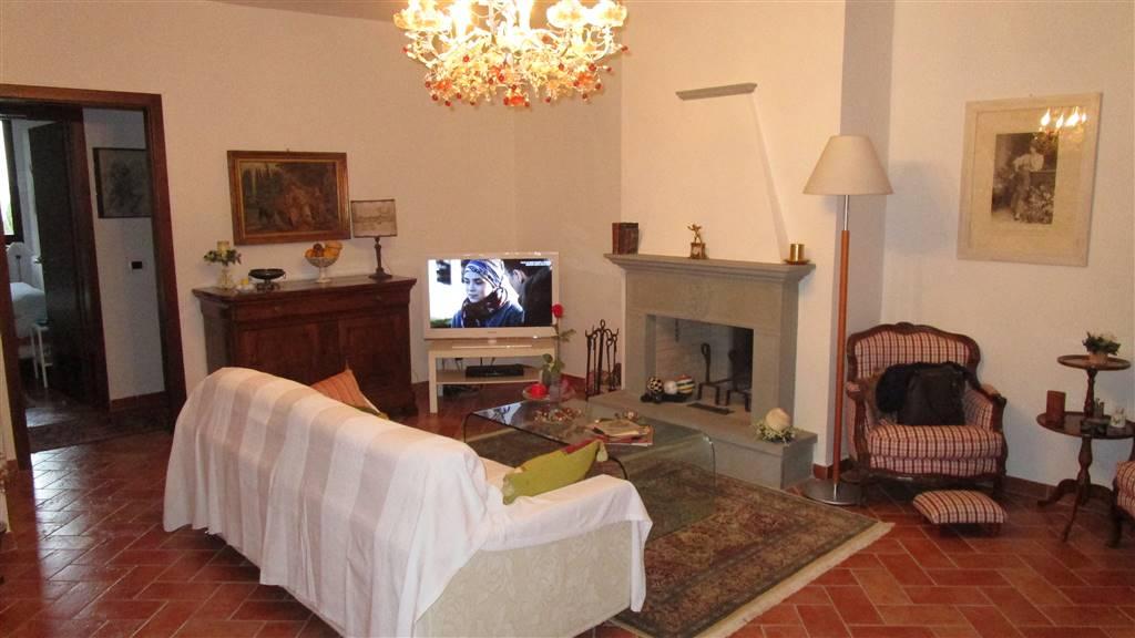 DONNINI, REGGELLO, Appartement des vendre de 80 Mq, Restauré, Chauffage Autonome, Classe Énergétique: G, par terre 1° sur 1, composé par: 3 Locals,