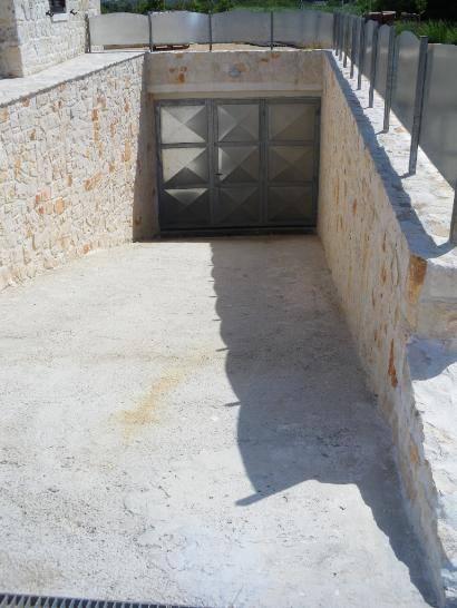 Vendita trulli contrada casette del vento martina franca for Progettista del piano terra del garage