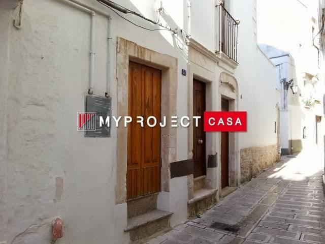 Soluzione Indipendente in affitto a Martina Franca, 3 locali, zona Località: CENTRO STORICO, prezzo € 450   CambioCasa.it