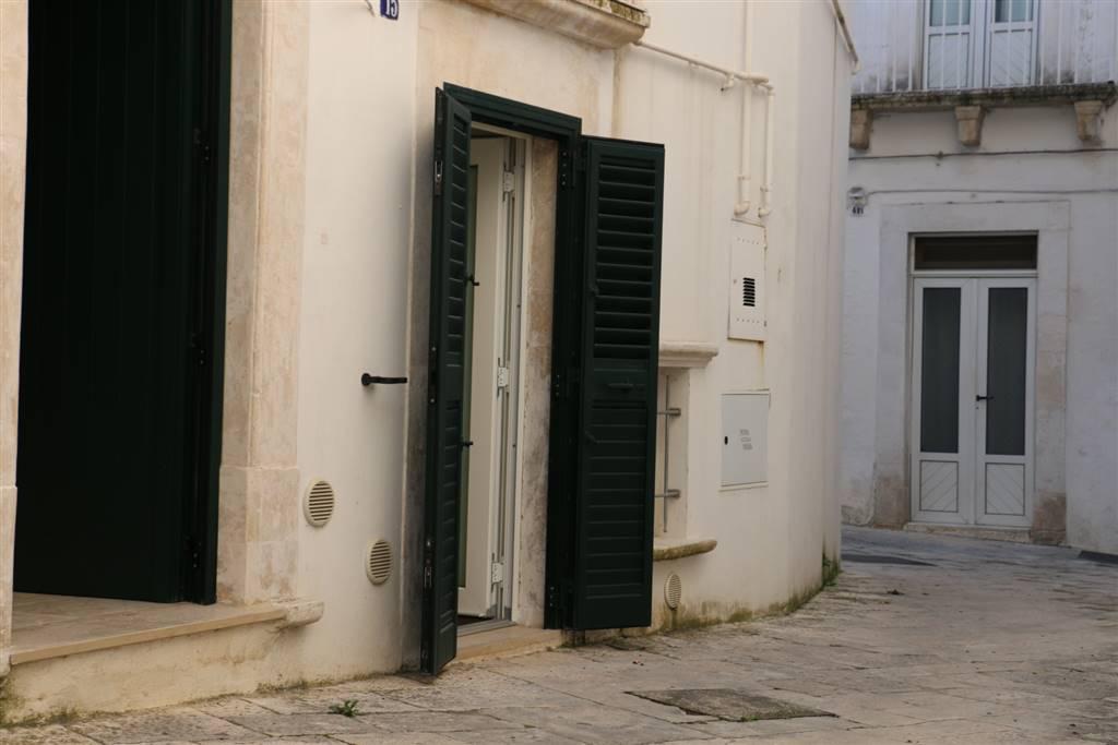Soluzione Indipendente in affitto a Martina Franca, 2 locali, zona Località: CENTRO STORICO, Trattative riservate | CambioCasa.it